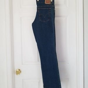 Levi's 550 Relaxed Boot Cut Jean's